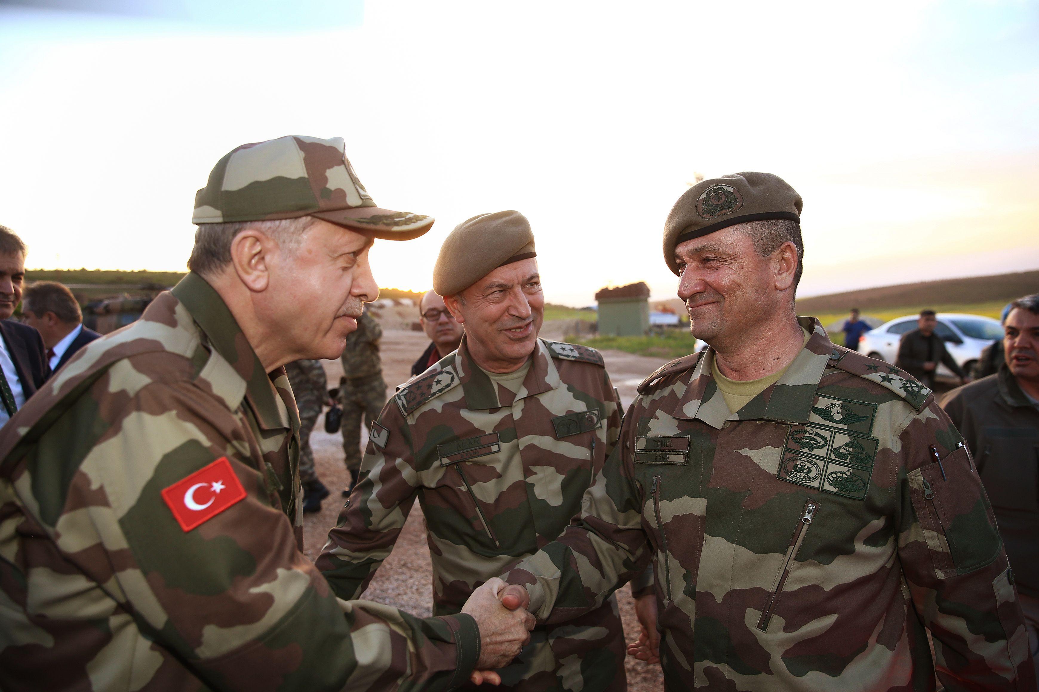 أردوغان على الحود التركية السورية