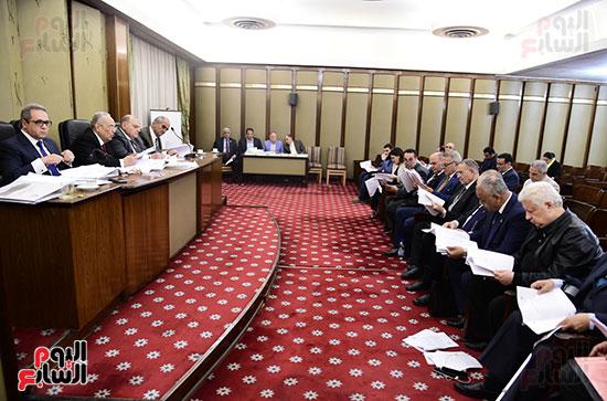 صور لجنة الشئون التشريعية والدستورية (8)