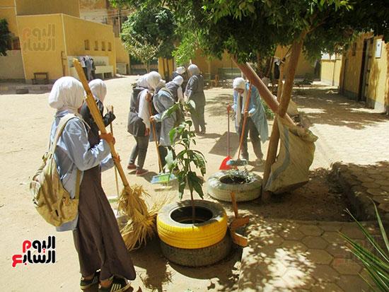 مدرسة-محمد-محسن-شعيب-الفنية-بنات-بمدينة-أسوان-(4)