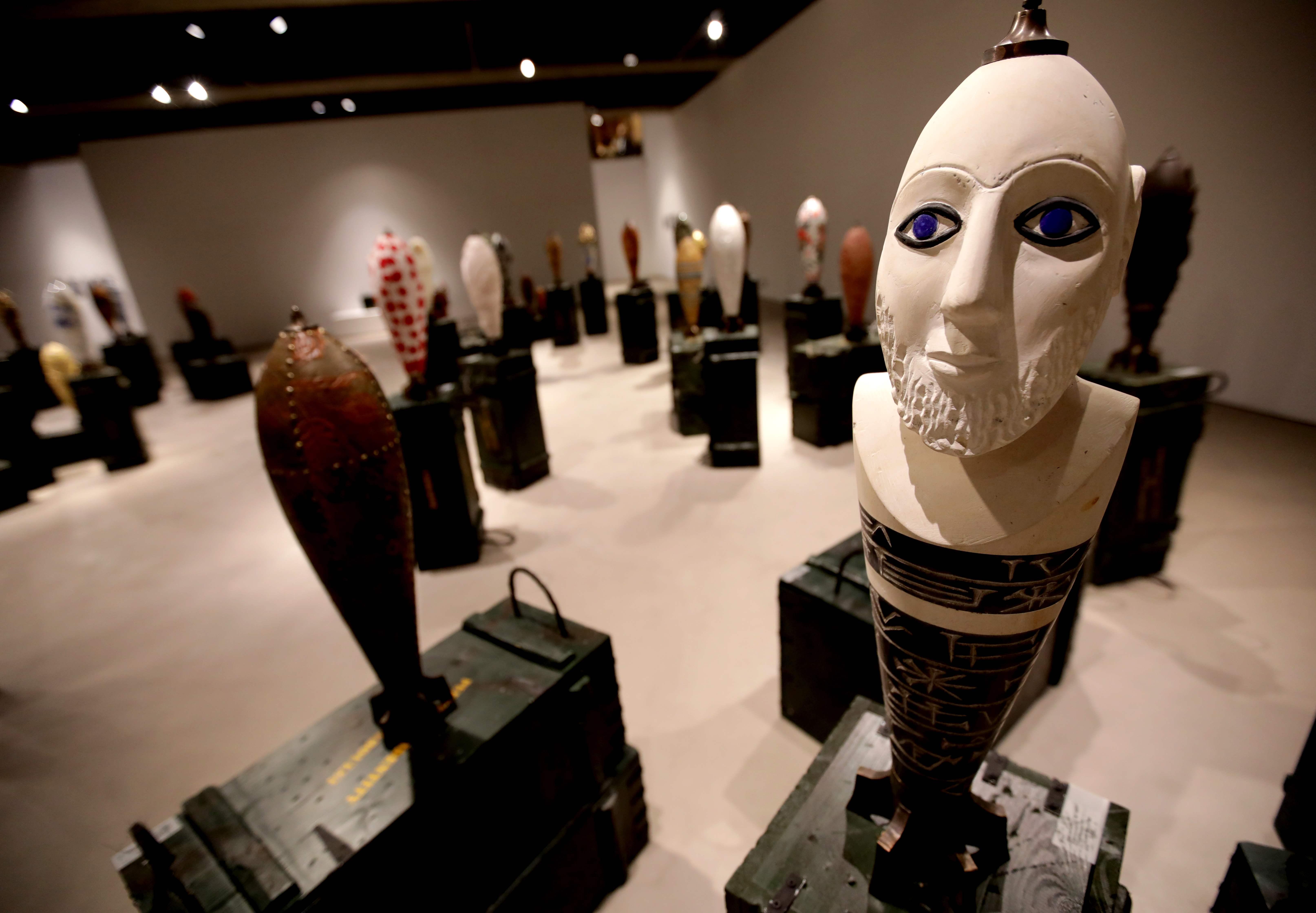 معرض لفنانة لبنانية