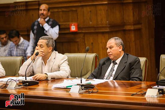 لجنة الإدارة المحلية (11)