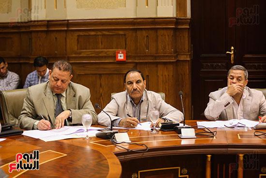 لجنة الإدارة المحلية (6)