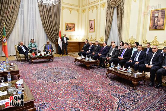 صور الرئيس البرتغالى يصل مقر مجلس النواب.. وعلى عبد العال يستقبله (7)