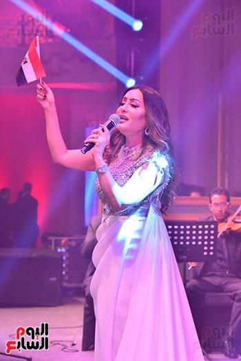 صور لطيفة حفل صندوق تحيا مصر  (47)