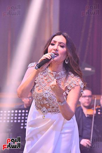 صور لطيفة حفل صندوق تحيا مصر  (3)