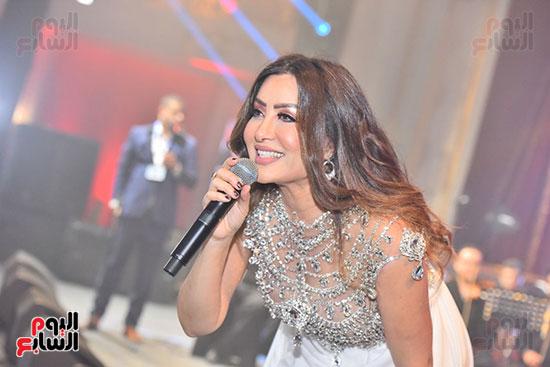 صور لطيفة حفل صندوق تحيا مصر  (56)