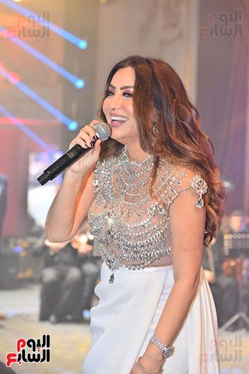 صور لطيفة حفل صندوق تحيا مصر  (54)