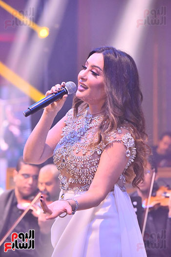 صور لطيفة حفل صندوق تحيا مصر  (5)
