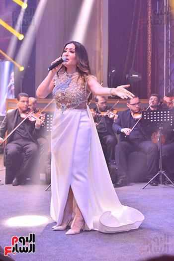 صور لطيفة حفل صندوق تحيا مصر  (53)