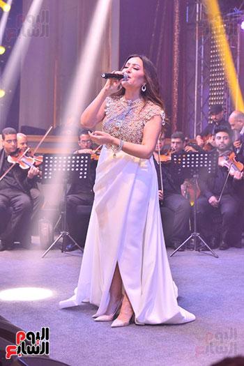 صور لطيفة حفل صندوق تحيا مصر  (1)
