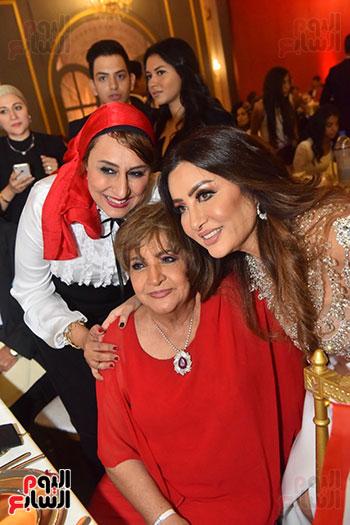 صور لطيفة حفل صندوق تحيا مصر  (25)