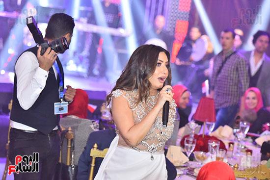 صور لطيفة حفل صندوق تحيا مصر  (29)