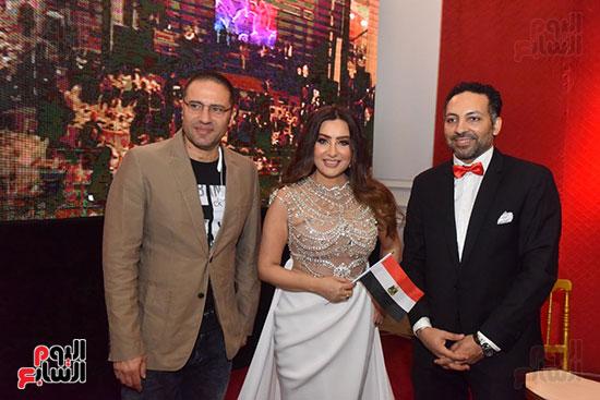 صور لطيفة حفل صندوق تحيا مصر  (24)