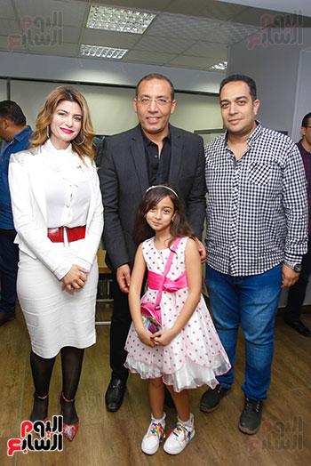 صور اخباري نيوز تحتفل بحصد الزميلتين أسماء شلبى وإيمان حنا جوائز صحفية (14)