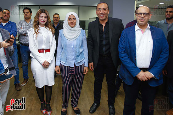 صور اخباري نيوز تحتفل بحصد الزميلتين أسماء شلبى وإيمان حنا جوائز صحفية (4)