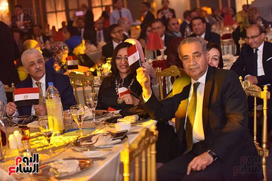 صور لطيفة حفل صندوق تحيا مصر  (32)