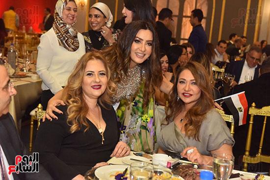 صور لطيفة حفل صندوق تحيا مصر  (20)