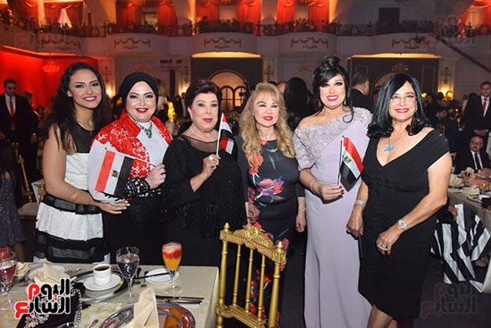 صور لطيفة حفل صندوق تحيا مصر  (13)