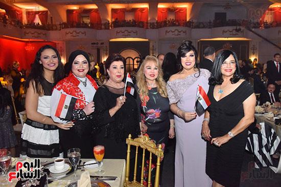 صور لطيفة حفل صندوق تحيا مصر  (14)