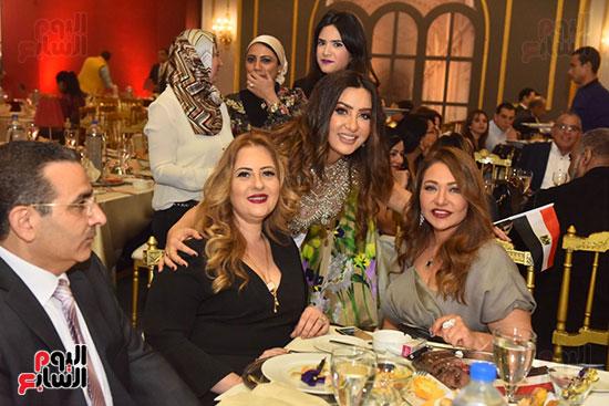 صور لطيفة حفل صندوق تحيا مصر  (22)