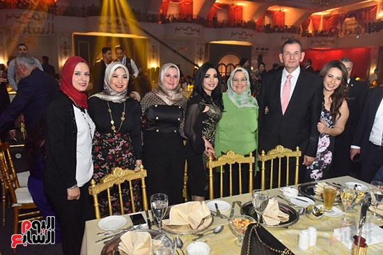 صور لطيفة حفل صندوق تحيا مصر  (60)