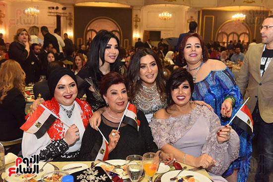 صور لطيفة حفل صندوق تحيا مصر  (18)