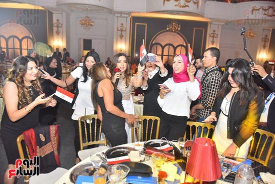 صور لطيفة حفل صندوق تحيا مصر  (28)