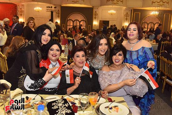 صور لطيفة حفل صندوق تحيا مصر  (16)
