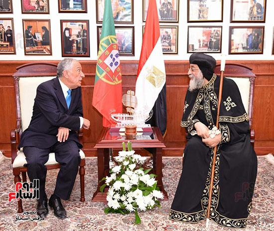 صور البابا تواضروس يستقبل مارسيلو دى سوزا رئيس البرتغال (32)