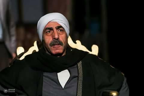 الفنان محمد عبد العظيم في مسرحية الثامنة مساء