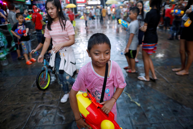 احتفالات يوم الماء فى تايلاند