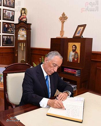 صور البابا تواضروس يستقبل مارسيلو دى سوزا رئيس البرتغال (29)