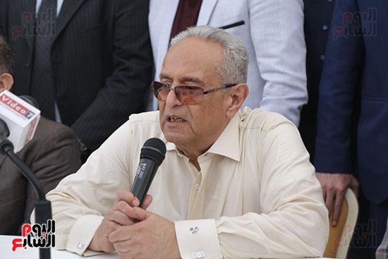 احتفالية حزب الوفد بفوز ابو شقة  (16)