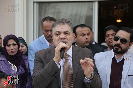 احتفالية حزب الوفد بفوز ابو شقة (19)