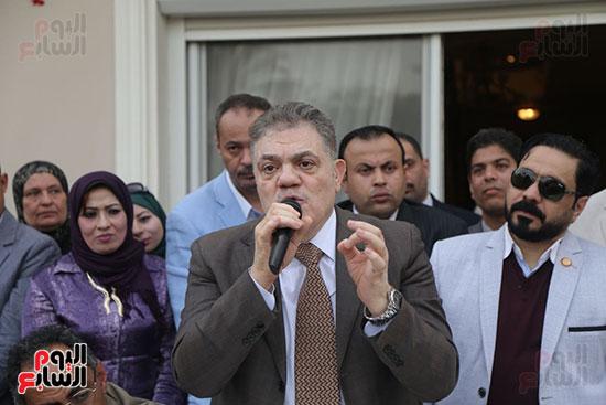 احتفالية حزب الوفد بفوز ابو شقة  (17)