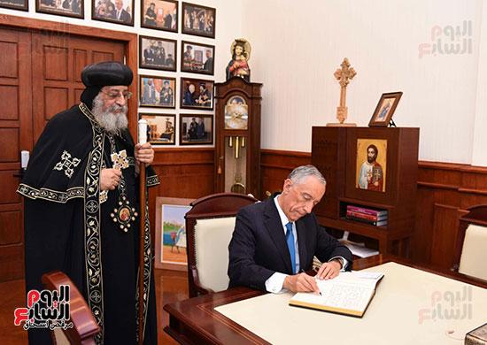 صور البابا تواضروس يستقبل مارسيلو دى سوزا رئيس البرتغال (26)