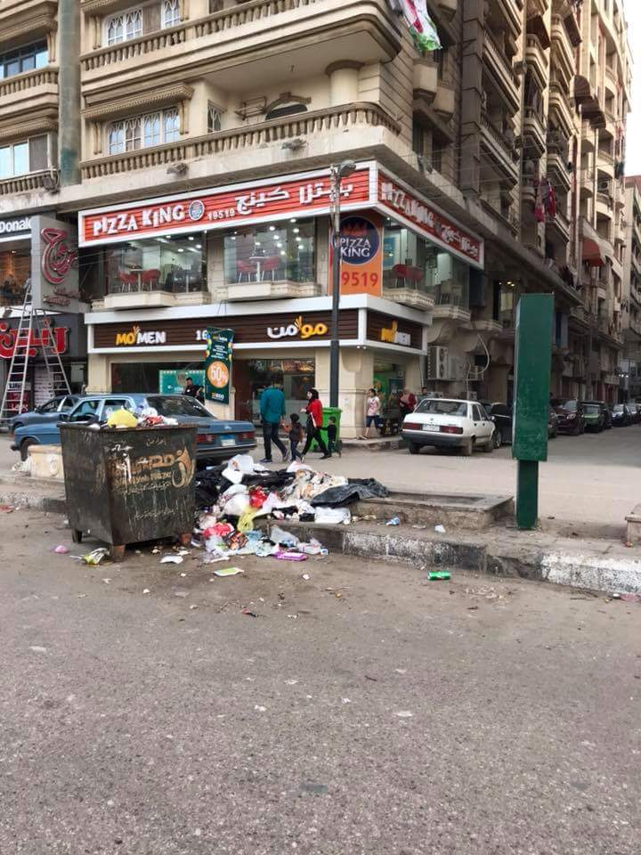 انتشار القمامة بشارع طلبة عويضة (2)
