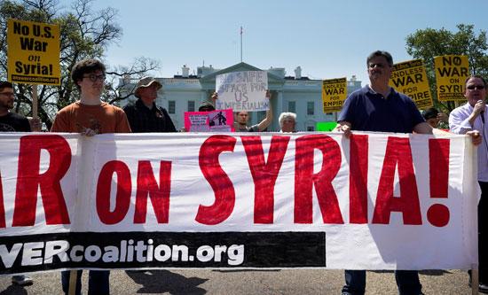 لافتات التظاهرات الأمريكية