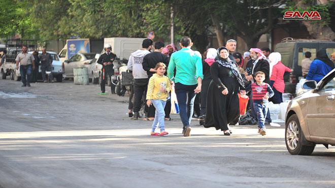 المواطنون السوريون فى الشوارع