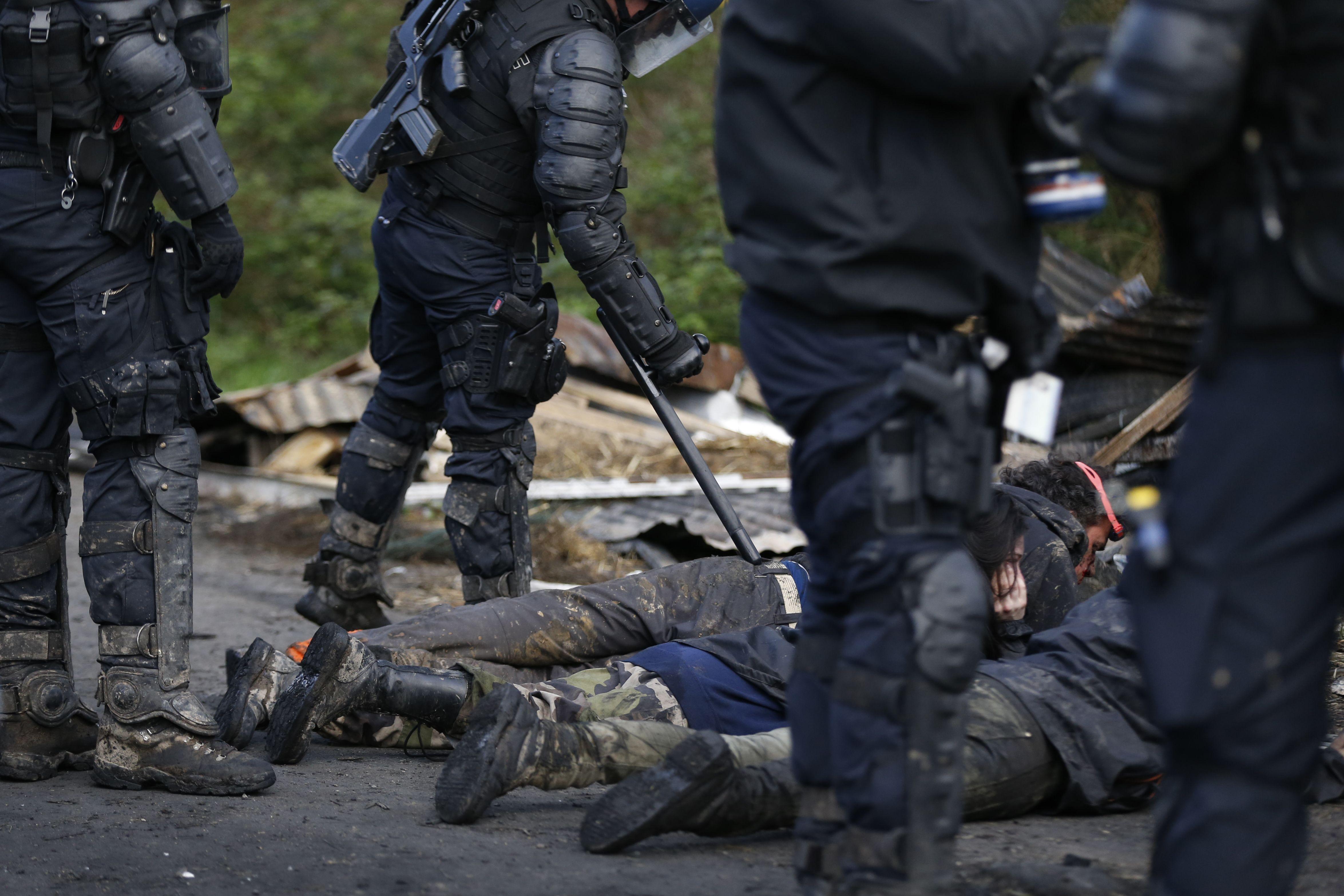 اعتقال العشرات خلال الاشتباكات