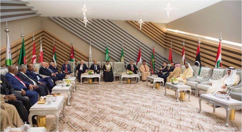 مندوب قطر فى القمة العربية يعيش عزلة تامة