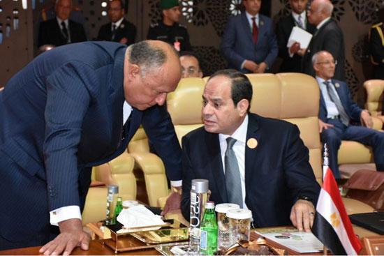 الرئيس السيسى يتحدث إلى وزير الخارجية سامح شكرى