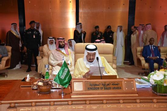 العاهل السعودى الملك سلمان بن عبد العزيز خلال القمة