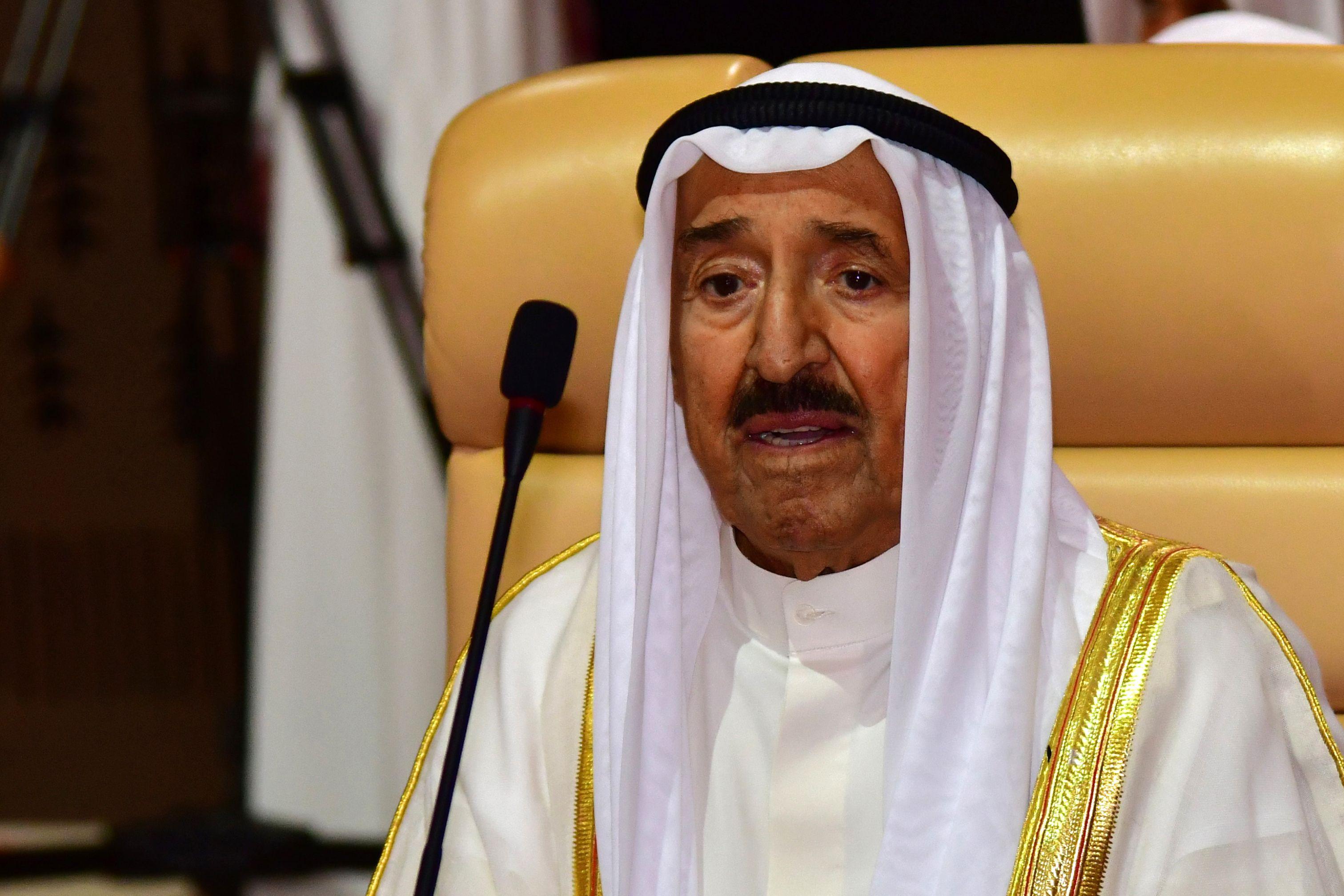 أمير الكويت فى القمة العربية بالسعودية