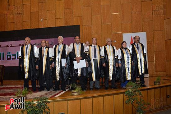 جامعة أسيوط (8)