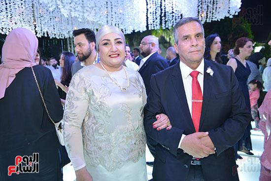 والد ووالده العروس