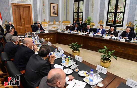 اللجنة العامة بالبرلمان  (8)