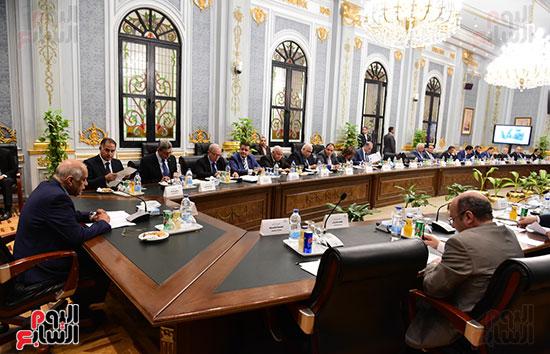 اللجنة العامة بالبرلمان  (2)