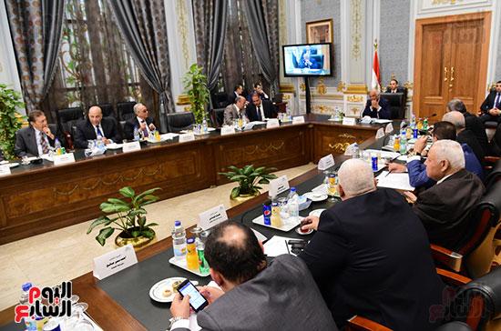 اللجنة العامة بالبرلمان  (6)