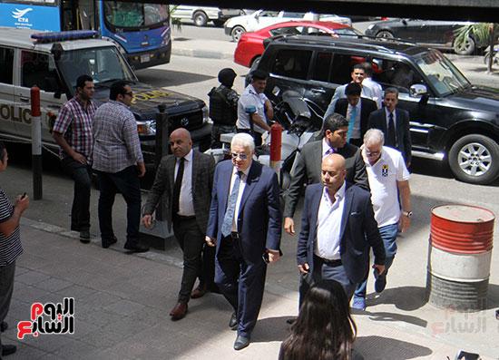 وصول مرتضى منصور مجلس الدولة للنظر فى الدعوى ضد الوزير (3)